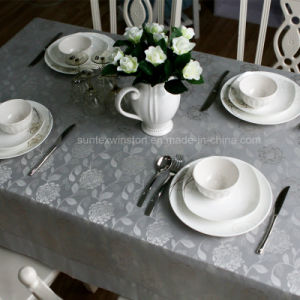 100%Polyester Solid Jacquard Tablecloth/Napkins pictures & photos