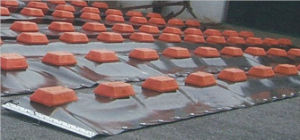 Plastic Float Type Rubber Oil Boom pictures & photos