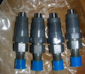 Diesel Engine Fuel Injector (093500-2240, 093500-2850) pictures & photos