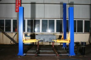 4.2t Two Post Vehicle Auto Jack Hydraulic Car Lift pictures & photos