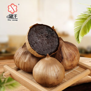 Excellent Quality Chinese Black Garlic 400g/Bag pictures & photos