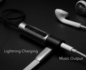 I7 I7plus Audio Adapter Cable with Charger, Button Control Function, Lightning to 3.5mm pictures & photos