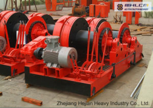 Double Drum Tractors and Winches pictures & photos