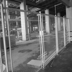 Galvanized Steel Barrier Made by Wire Mesh pictures & photos