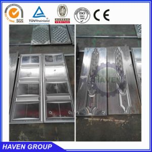 Professional Hydraulic Press for Steel Doors pictures & photos