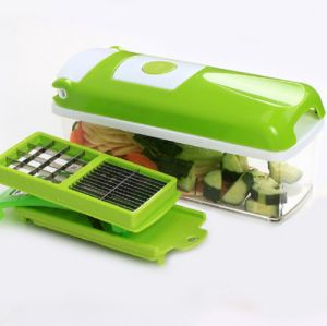 Kitchen Tools Chopping Vegetable Plastic Salad Chopper pictures & photos