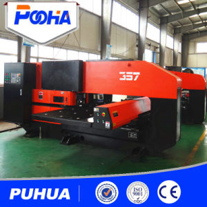 Mechanical CNC Turret Punch Machine Punch Press pictures & photos