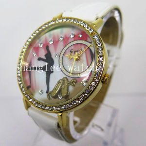 Diamond Alloy Case Watch Cheap Fashion Quartz Watch (HL-CD026) pictures & photos