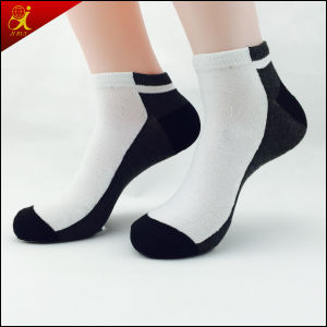 OEM Service Thin Cotton Socks pictures & photos