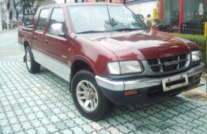 Isuzu 4X4 Double Row Cabin Diesel Pick up (QL1020XGDSD) pictures & photos