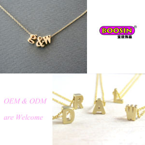 "Hot Selling Custom Handmade Gold Chain ""a~Z"" Letter Pendant Necklace pictures & photos"