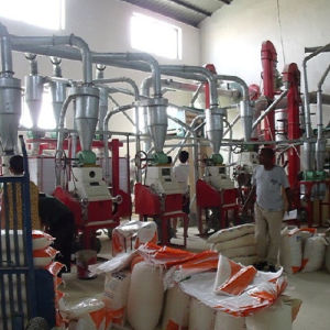Small Corn Mill Grinder for Sale pictures & photos