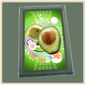 Customized Size Wall Mounted Clear Acrylic Crystal Light Box (A4) pictures & photos