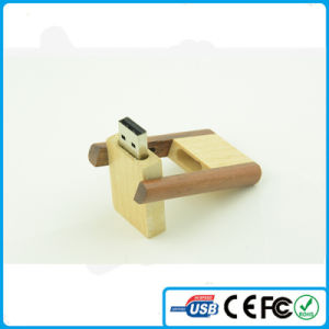 China New 360 Rotation Wooden USB Stick 1GB
