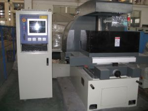 Wire Cut Sale, EDM Wire Cutting Machine for Sale