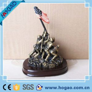 Home Decoration Resin Warrior Statue Souvenir pictures & photos