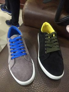 2016 New Stocks Men′s Sport Shoes, Top Quality pictures & photos