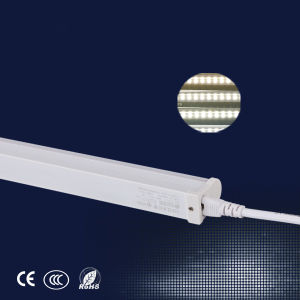 Certificated China Cheap T5 LED Tube Light 12W for Sale pictures & photos