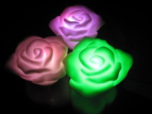 Fashion Wholesale Flower Shape Candle LED Rose Light pictures & photos