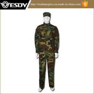 Woodland Camo Durable Military Army Uniform Tactical Combat Uniform pictures & photos