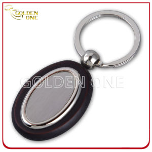 Fashion Style Wooden Key Chain with Oval Shape Metal pictures & photos