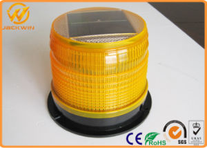 High Intensity Solar Powered LED Amber Flashing Warning Lights pictures & photos