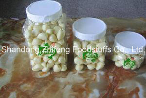 2016 New Crop Fresh Vegetable Peeled Garlic pictures & photos