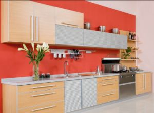 2014 China Red Kitchen Cabinet (laminate) pictures & photos