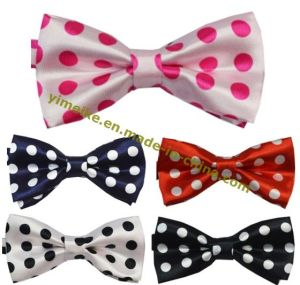Beautiful Polka Dots Printed Fashion Bowtie pictures & photos