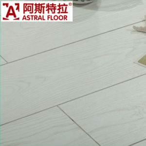 Wholesale HDF Wooden Embossed Laminated Flooring pictures & photos