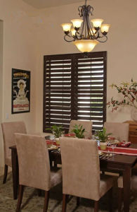 Cheaper Price and Nice Quality PVC or Basswood Plantation Shutter pictures & photos