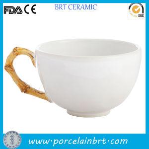 Ceramic Bamboo Handle Design Classic Tea Cup pictures & photos