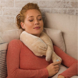Battery Operated Travel Vibrating Wrap Neck Massage Pillow pictures & photos