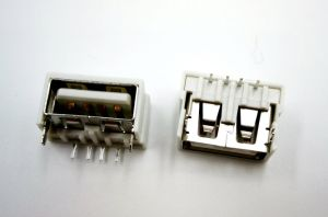USB2.0 Female Connector, Current Rating~2.0A @ 250VAC pictures & photos
