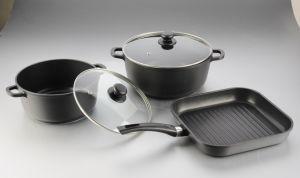 5PCS Die-Cast Aluminum Non-Stick Cookware Set pictures & photos