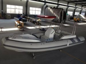 19feet Rib580c Boat with Ce Fiberglass Rigid Hull Inflatable Boat with Outboard Motor Fishing Boat pictures & photos