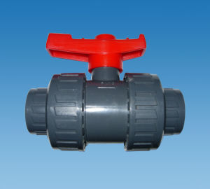 1/2--4 Inch UPVC Ball Valve for Solar System pictures & photos