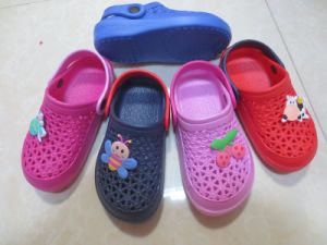Latest EVA Chidren Garden Shoes Infant EVA Clogs 18-29 (LW7 (21)) pictures & photos