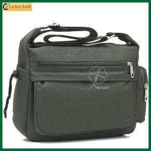 Business Travel Shoulder Document Laptop Messenger Sling Bag (TP-TLB049) pictures & photos