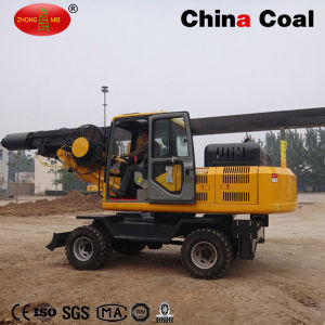 Wheeled Type Rotary Drilling Rig 360 Degree Hydraulic Screw Pile Driver pictures & photos