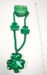 Plastic St Patrick′s Day Light up Necklace (LP006) pictures & photos