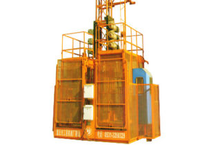 CE Approved Construction Elevator Sc200 with Load 2t pictures & photos