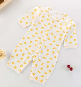 2017 Hot Sales New Fashion Children Kids Baby Newborn Apparel pictures & photos