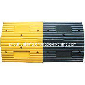 Yellow Rubber Speed Bump (DSM-BH04A) pictures & photos