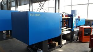 Plastic Bottle Injection Molding Machine / Injection Machine pictures & photos