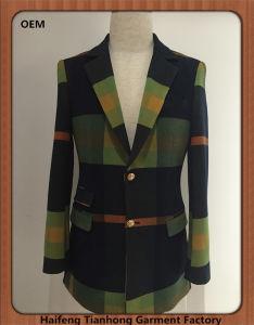 Men Check European Stylish Wool Tweed Coat pictures & photos