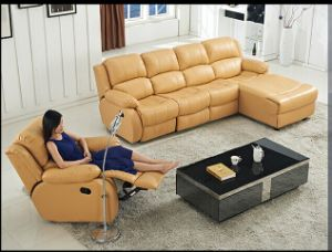 Transitional Styled 3 PCS Reclining Motion Sofa with Chaise pictures & photos