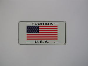 Thick Embossed 3D Decorative Custom Aluminum License Plate pictures & photos