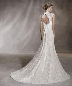 Classic Tulle, Lace and Gemstone Appliqué S to Craft a Sweetheart Neckline A Line Wedding Dress with a Beautiful Mermaid Cut pictures & photos