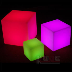 "LED Cube 8"" Table Lamp Rechargeable Remote Control Lighting pictures & photos"